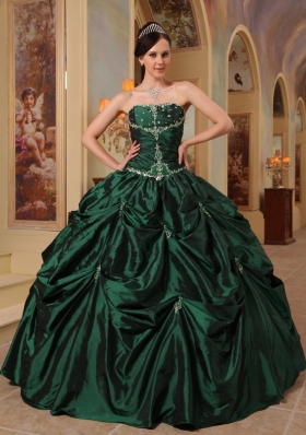 Ball Gown Dresses for 15 Beading Pick-ups