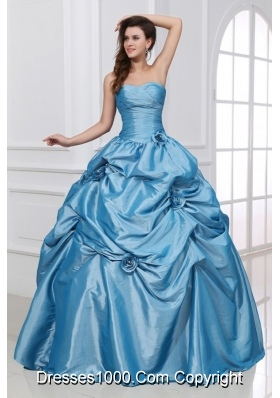 Sweetheart Taffeta Quinceanera Dress with Hand Made Flowers in Blue