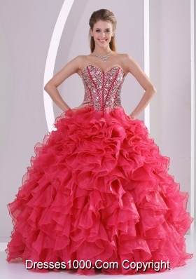 Pretty Ball Gown Red Quinceanera Gowns with Sweetheart and Beading