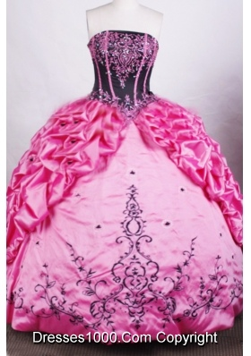 Gorgeous Ball Gown Strapless Floor-length Rose Pink Quinceanera Dresses
