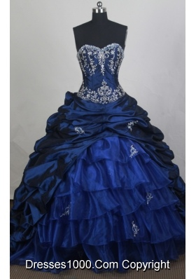 Beautiful Ball gown Sweetheart-neck Chapel Train Quinceanera Dresses
