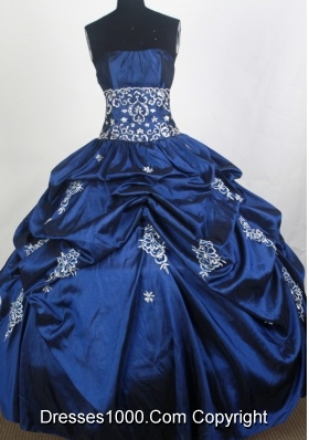 Perfect Ball Gown Strapless Floor-length Quinceanera Dress
