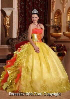 2014 Ball Gown Strapless Rufles Organza Embroidery Gold Cheap Quinceanera Dress