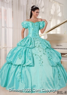 2014 Aqua Blue Off The Shoulder Embroidery Quinceanera Dress with Cap Sleeves