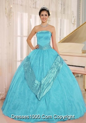 Aqua Blue Beaded Decorate 2014 Quinceanera Gowns With Strapless