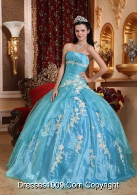 Beautiful Ball Gown Strapless Quinceanera Dress with  Organza Appliques