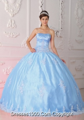 Blue Ball Gown Strapless Quinceanera Dress with Lace Appliques