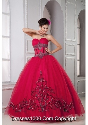 Red Sweetheart Beading and Embroidery Sweet 15 Dresses