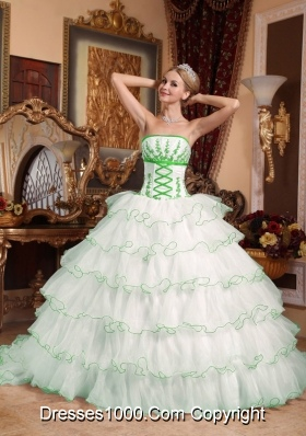 White Puffy Strapless Detachable Train Layers Appliques Quince Dresses