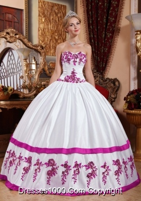Puffy Sweetheart White Quinceanera Dress with Fuchsia Appliques