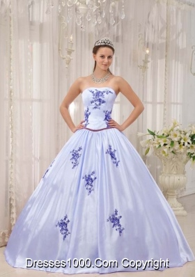 Lavender Strapless Sweet Sixteen Quinceanera Dresses with Appliques