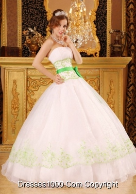 Princess Organza Green Embrpidery for White Quinceanera Gowns