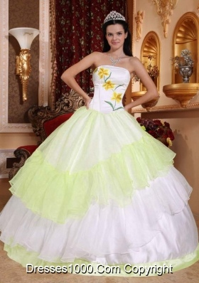 White Organza Yellow Green Embroidery Sweet Sixteen Quinceanera Dresses