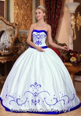 White Strapless Puffy Quinceanera Dress with Purple Embroidery