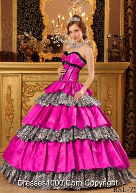Popular Ball Gown Sweetheart Quinceanera Dress with Taffeta Ruffles