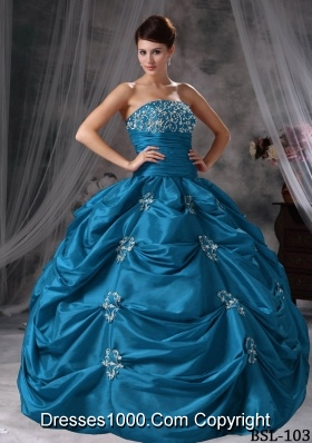 Puffy Strapless Appliques Taffeta Simple Quinceanera Dresses