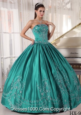 Puffy Strapless Turquoise Sweet 16 Dresses with  Embroidery