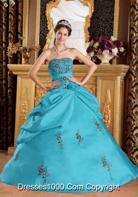 2014 Ball Gown Strapless Taffeta Teal Quinceanera Gown with Appliques