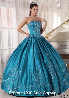 Affordable Strapless Embroidery Puffy Quinceanera Dresses with Military Ball