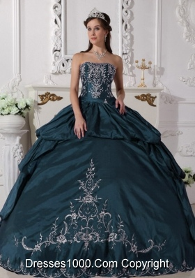 Turquoise Strapless Quinceanera Dresses with Embroidery
