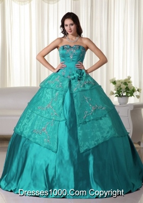 Ball Gown Strapless Organza Turquoise Quinceanera Dress with Embroidery