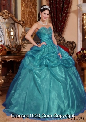 Fashionable Sweetheart Organza Beading Floor-length Quinceanera Dresses
