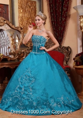 Simple Ball Gown Strapless Embroidery Quinceanera Gowns for Military Ball