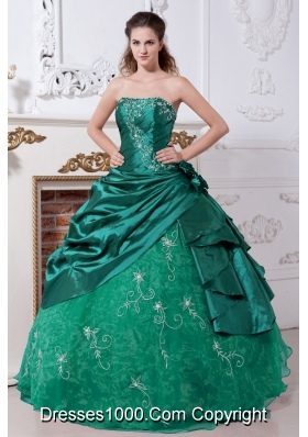 Turquoise Strapless Quinceanera Gowns with Embroidery and Flowers