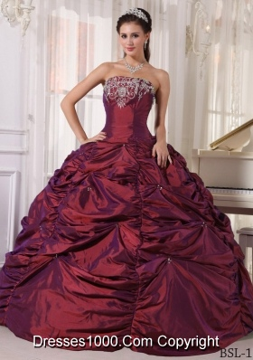 Puffy Strapless Burgundy Quinceanera Dresses with Embroidery and Pick-ups