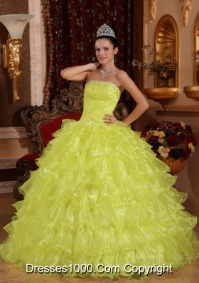 Strapless Organza Yellow Quinceneara Dresses with Beading and Ruffles