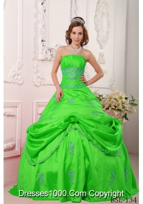 2014 Princess Strapless Beading and Appliques Spring Green Quinceanera Dresses