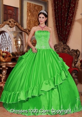 2014 Strapless Embroidery Spring Green Long Puffy Quinceanera Dresses