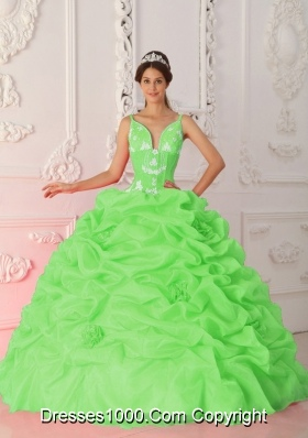 2014 Spring Green Puffy Straps Appliques Quinceanera Dresses