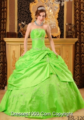 2014 Strapless Taffeta Beading Puffy Quinceanera Dress with Strapless