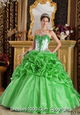2014 Sweetheart Ball Gown Sweet 16 Dresses with Hand Made Flowers