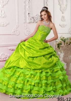 Ball Gown Strapless Beading Quinceanera Dresses with Ruffled Layers
