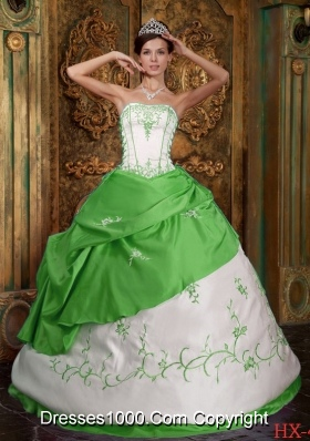 Ball Gown Strapless Long Embroidery Spring Green Sweet 16 Dresses