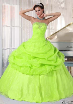 Elegant Yellow Green Strapless Appliques Puffy Quinceanera Dresses