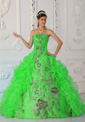Exquisite Puffy Strapless Embroidery Green Quinceanera Dresses
