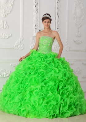 Hot Sale Spring Green Strapless Beading Puffy Quinceanera Dresses with Ruffles