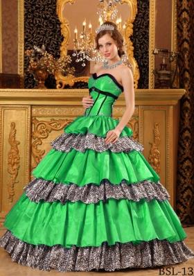 Popular Sweetheart Long Ruffles Princess Quinceanera Dresses