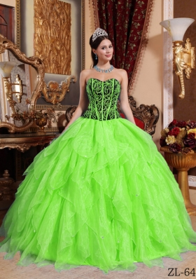 Simple Sweetheart Embroidery with Beading Ruffles Quinceanera Dresses with Ruffles