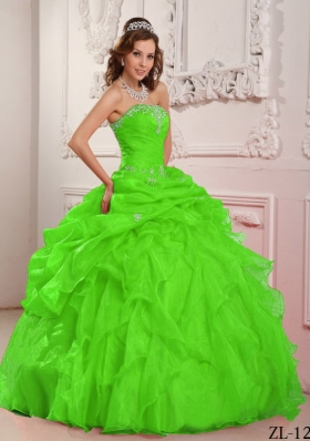Spring Green Ball Gown Organza Beading And Ruffles Quinceanera Dresses with Strapless