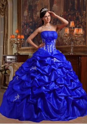 2014 Royal Blue Puffy Strapless Appliques Quinceanera Dress