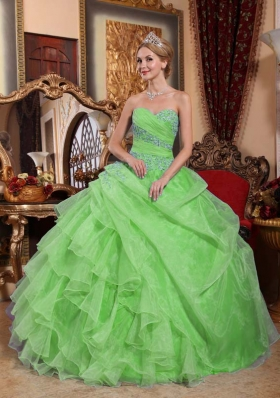 Discount Sweetheart Appliques and Ruched PuffyQuinceanera Dresses