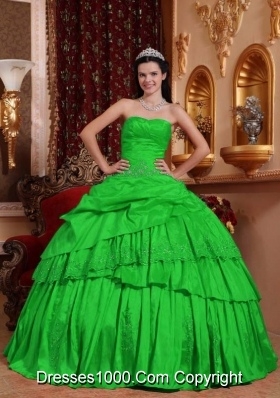 Puffy Taffeta Beading and Appliques Quinceanera Gown with Sweetheart