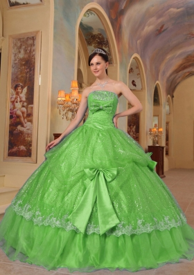 Unique Strapless Sequins and Organza Puffy Quinceanera Dresses with Bows