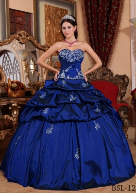 2014 Blue Puffy Sweetheart with Pivk-ups and Appliques Quinceanera Dress