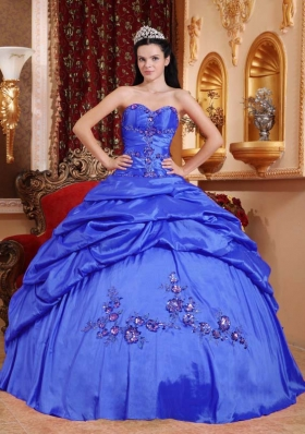 2014 Blue Sweetheart Appliques Quinceanera Dresses with Pick-ups