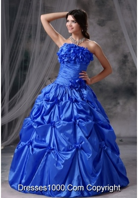Hand Made Flowers and Ruching Puffy Strapless Quinceanera Dresses For 2014